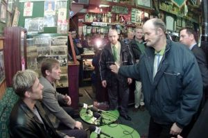 Celtic Press conference in Bairds Bar March 2000 -1378342